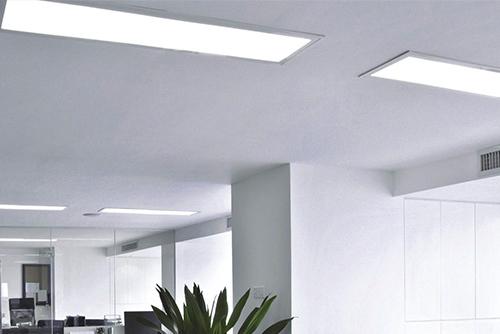Светодиодные лампы в офисе