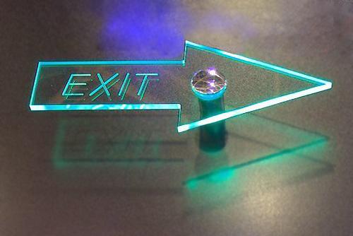 led указатель акриловая табличка с подсветкой диодной табличка выход запасный открыто кафе стеклянная вывеска с новым годом в минске