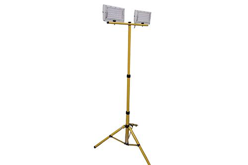 светодиодный прожектор с двумя прожекторами на штативе триподе