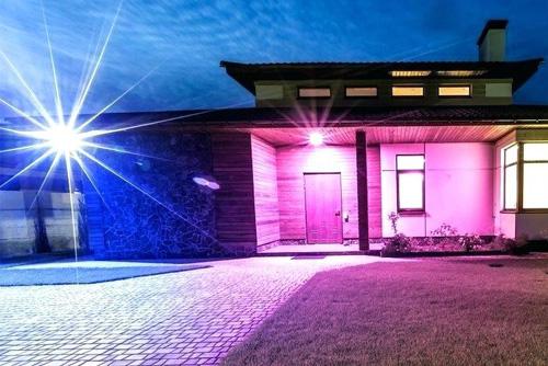 подсветка здания RGB прожекторами многоцветными купить в Минске