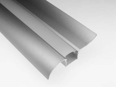 Алюминиевый профиль-плинтус 16-50