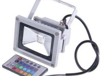 Светодиодный прожектор 30W, IP65, RGB